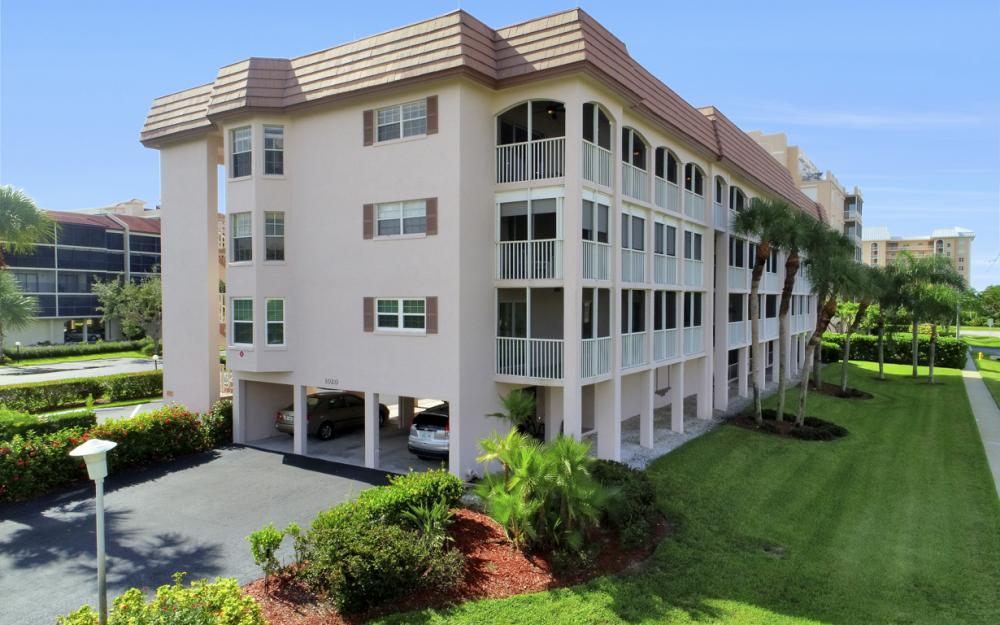 1020 Swallow Ave #302, Marco Island - Condo For Sale 734435465