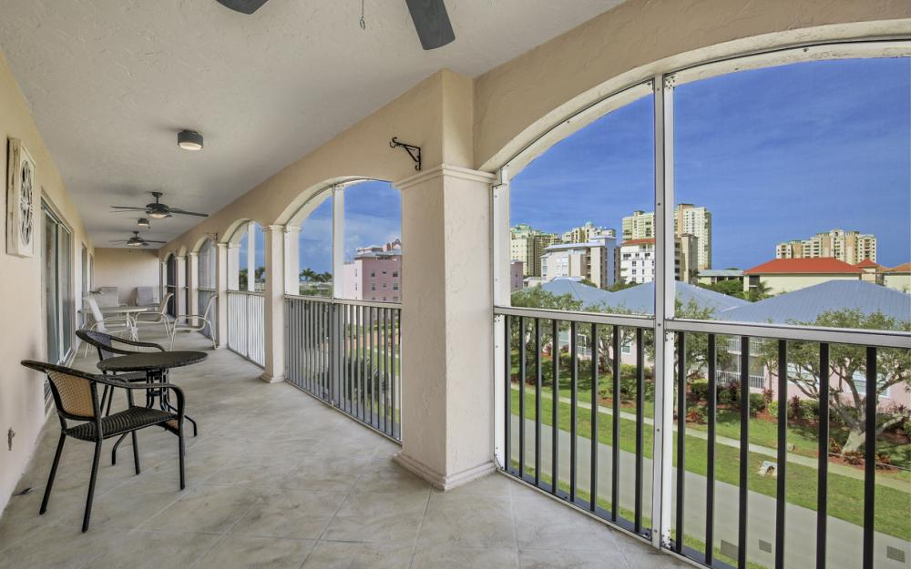 1020 Swallow Ave #302, Marco Island - Condo For Sale 2058720586