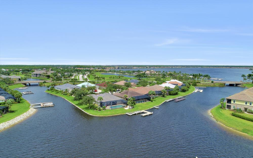8818 Spinner Cove Ln, Naples - Home For Sale 1951864169