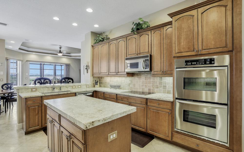 8818 Spinner Cove Ln, Naples - Home For Sale 594992490