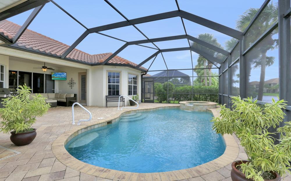 8818 Spinner Cove Ln, Naples - Home For Sale 788329744