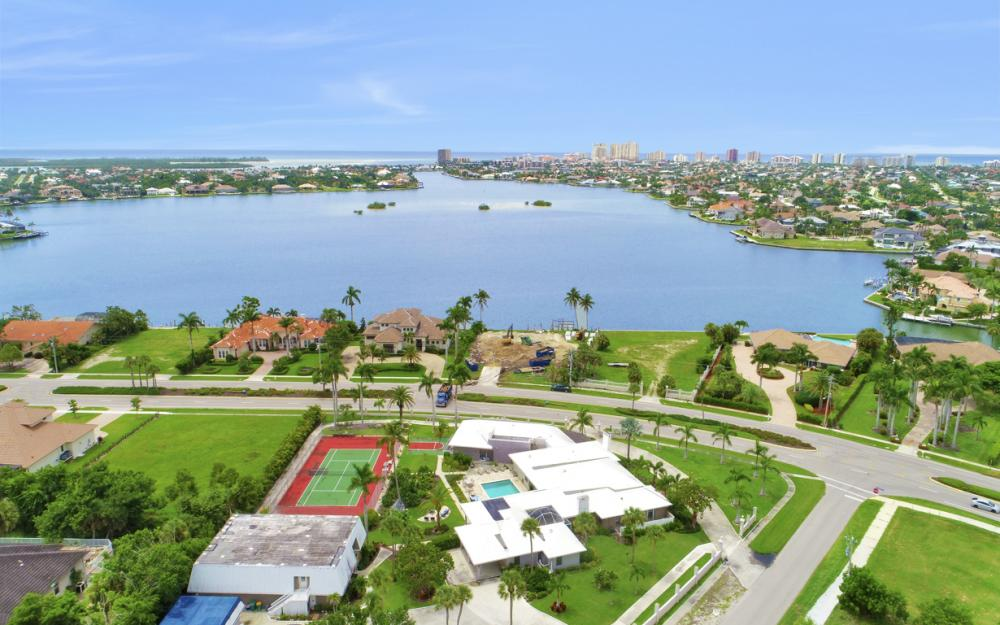 551 S Barfield Dr, Marco Island - Home For Sale 171672577