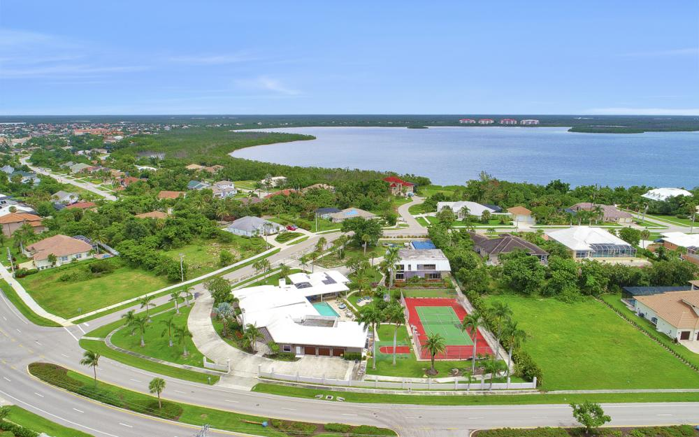 551 S Barfield Dr, Marco Island - Home For Sale 978691534