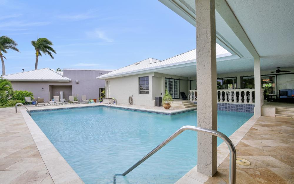 551 S Barfield Dr, Marco Island - Home For Sale 2145091889