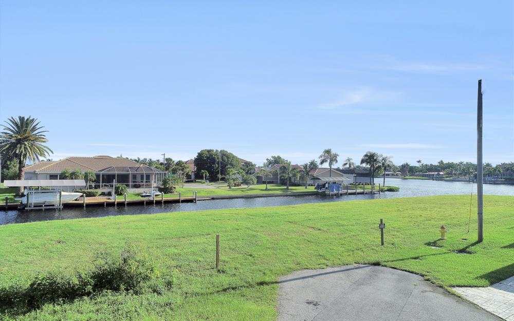 111 SW 54th St, Cape Coral - Lot For Sale 858481332