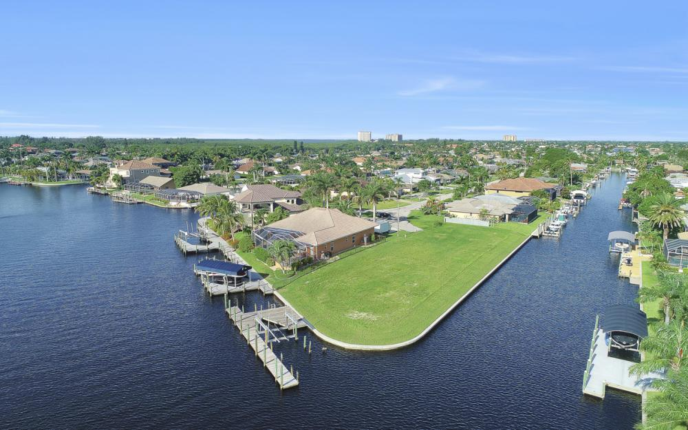 111 SW 54th St, Cape Coral - Lot For Sale 361099762