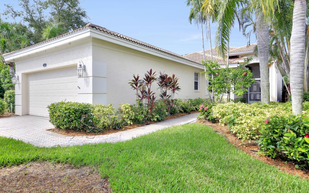 8598 Peppertree Way, Naples - Home For Sale 336885301