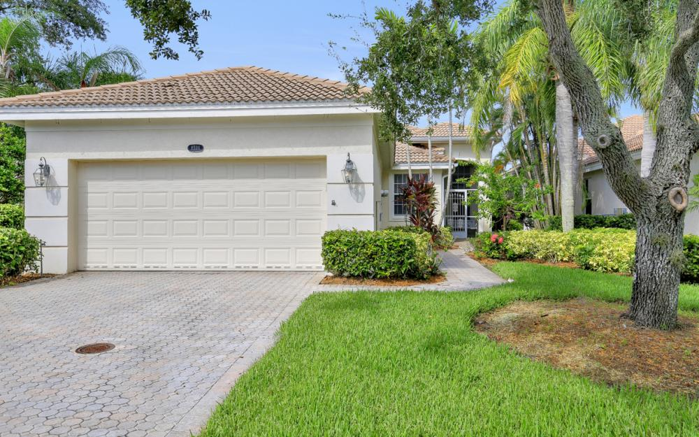 8598 Peppertree Way, Naples - Home For Sale 2110054930