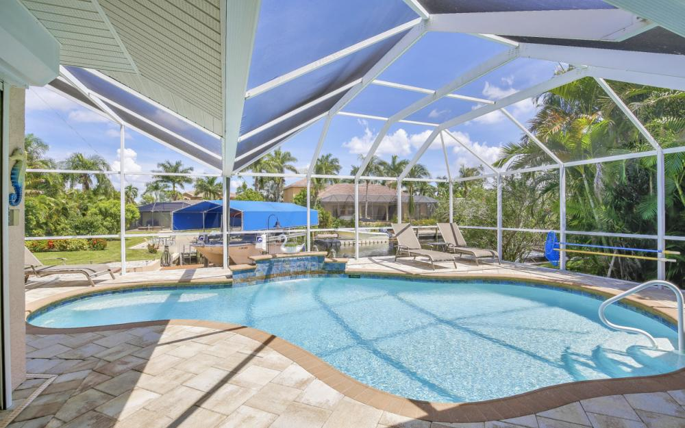 5607 Coronado Ct, Cape Coral - Home For Sale 262338605