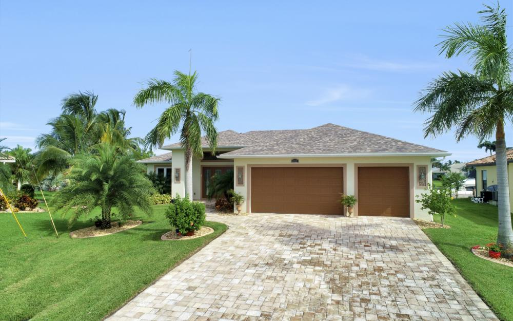 2613 SW 26th Ter Cape Coral - Home For Sale 810169901
