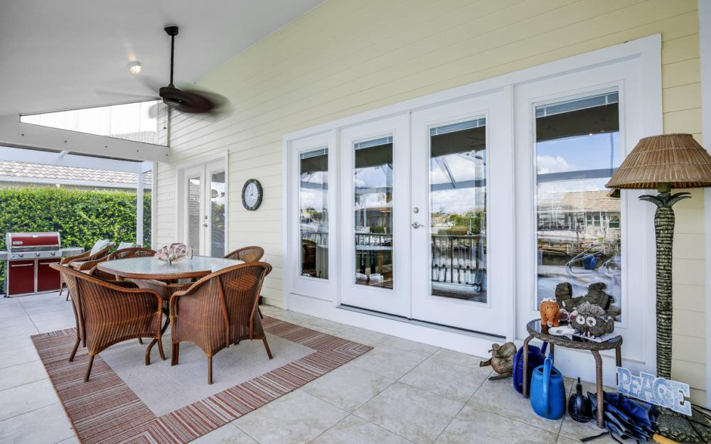 467 Nassau Ct, Marco Island - Home For Sale 1907273295