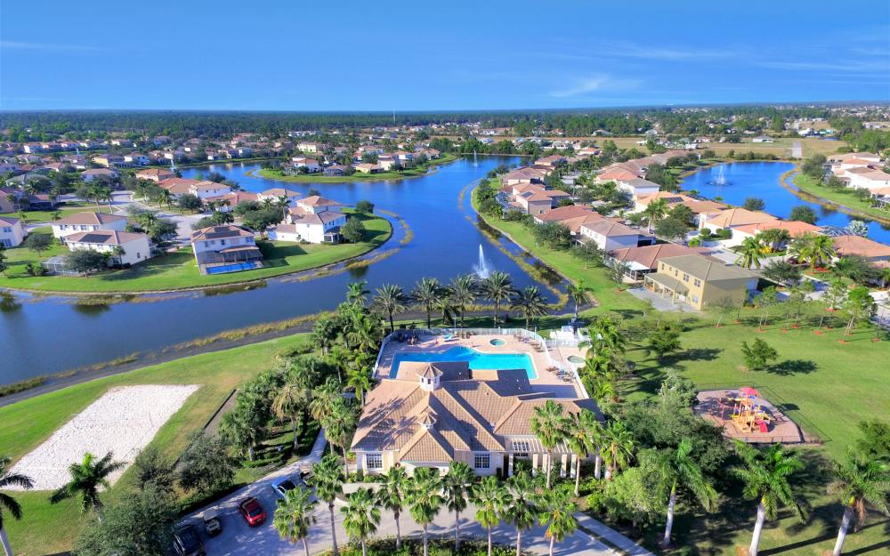 2553 Deerfield Lake Ct, Cape Coral - Home For Sale 631122598