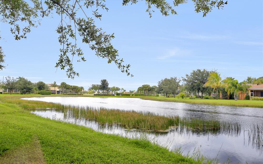 2553 Deerfield Lake Ct, Cape Coral - Home For Sale 399424368