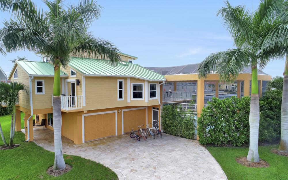 415 Swiss Ct, Marco Island - Vacation Rental 1333934119