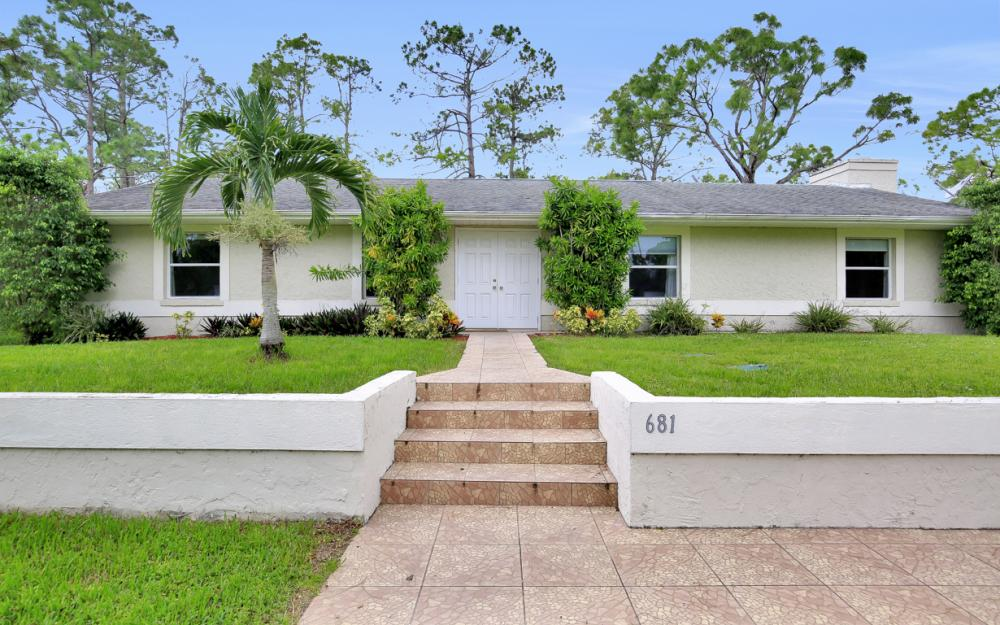681 11th St SW, Naples - Home For Sale 296998257