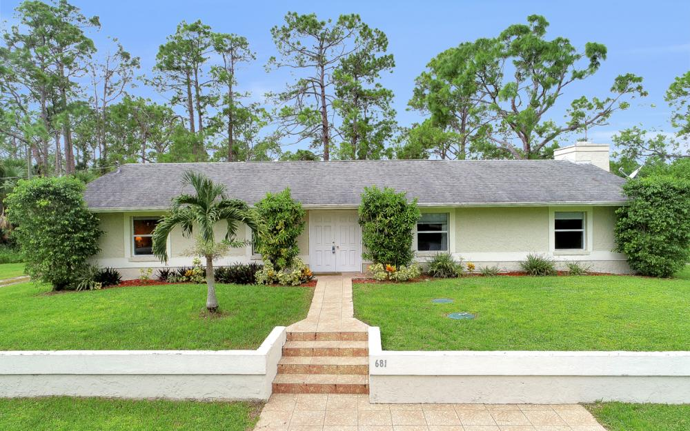 681 11th St SW, Naples - Home For Sale 653857844