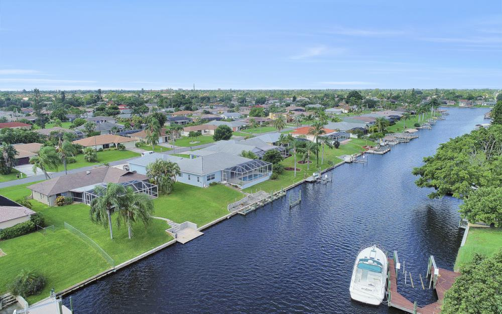 1201 SE 32nd Ter, Cape Coral - Home For Sale 1604899397