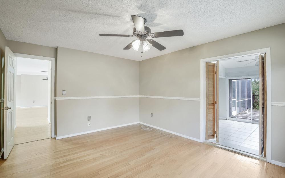 702 Wildwood Pkwy - Home For Sale 1267842886