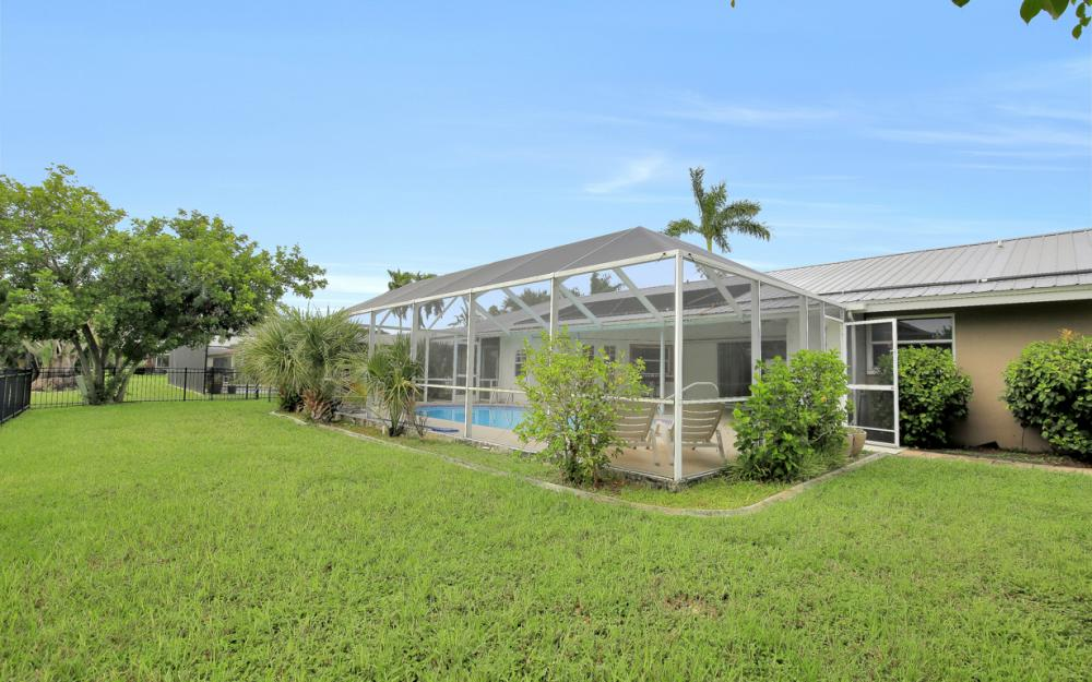 702 Wildwood Pkwy - Home For Sale 179034890