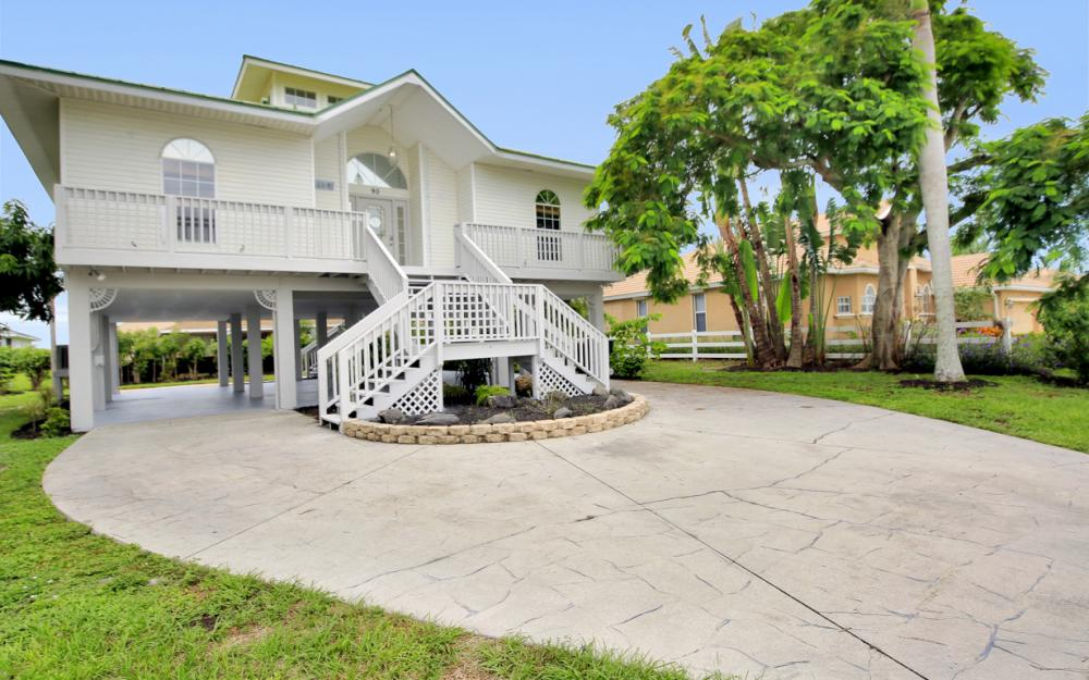 90 Sand Hill St, Marco Island - Home For Sale 1703252672
