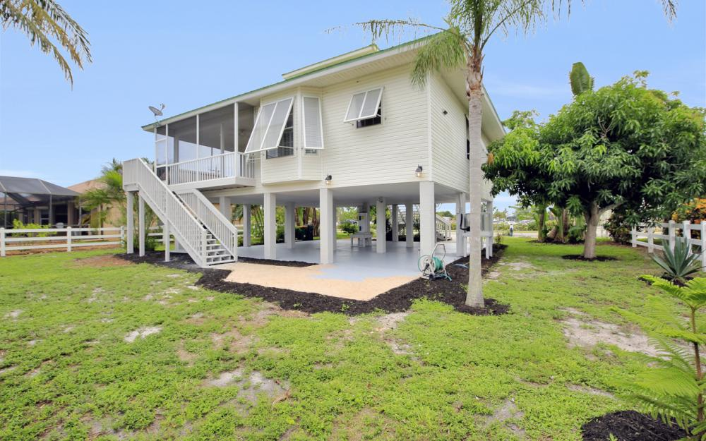 90 Sand Hill St, Marco Island - Home For Sale 1538543303