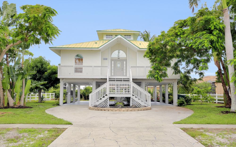 90 Sand Hill St, Marco Island - Home For Sale 73470773