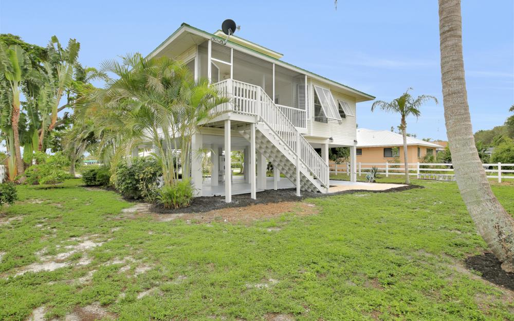90 Sand Hill St, Marco Island - Home For Sale 1647348221