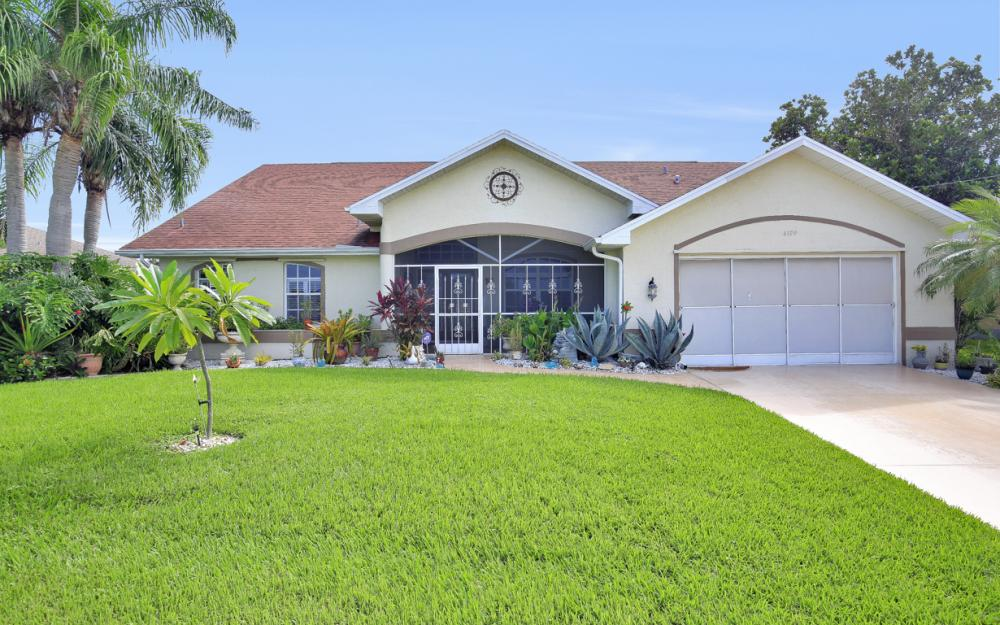 4129 SW 20th Ave, Cape Coral - Home For Sale 734888222