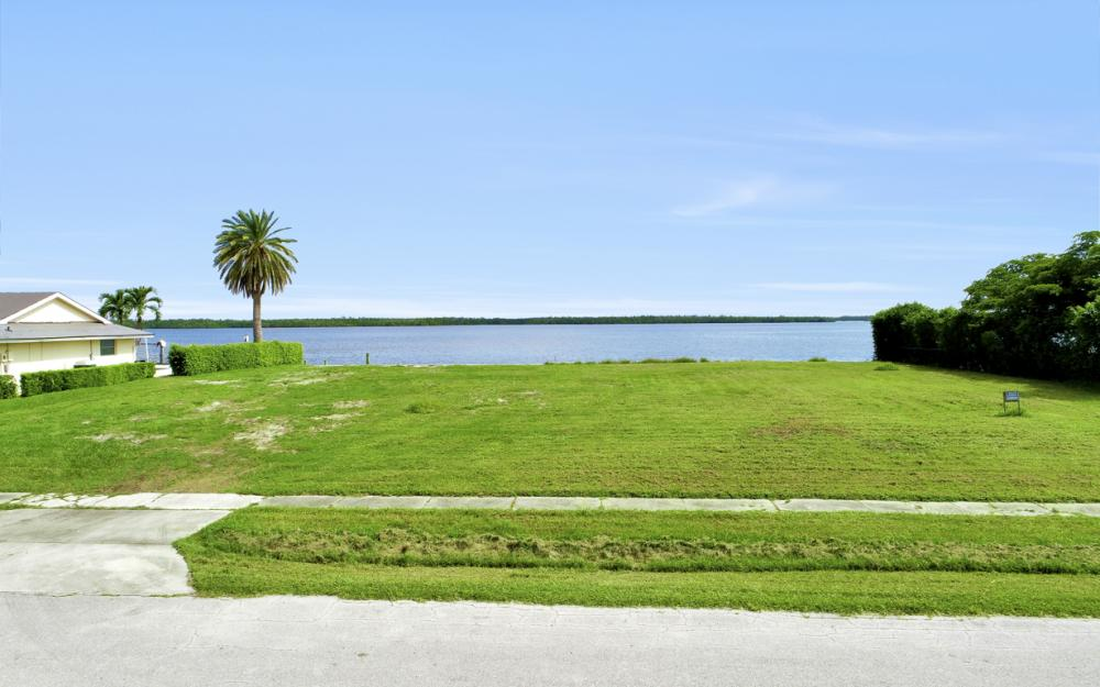 287 Polynesia Ct, Marco Island - Lot For Sale 274956620