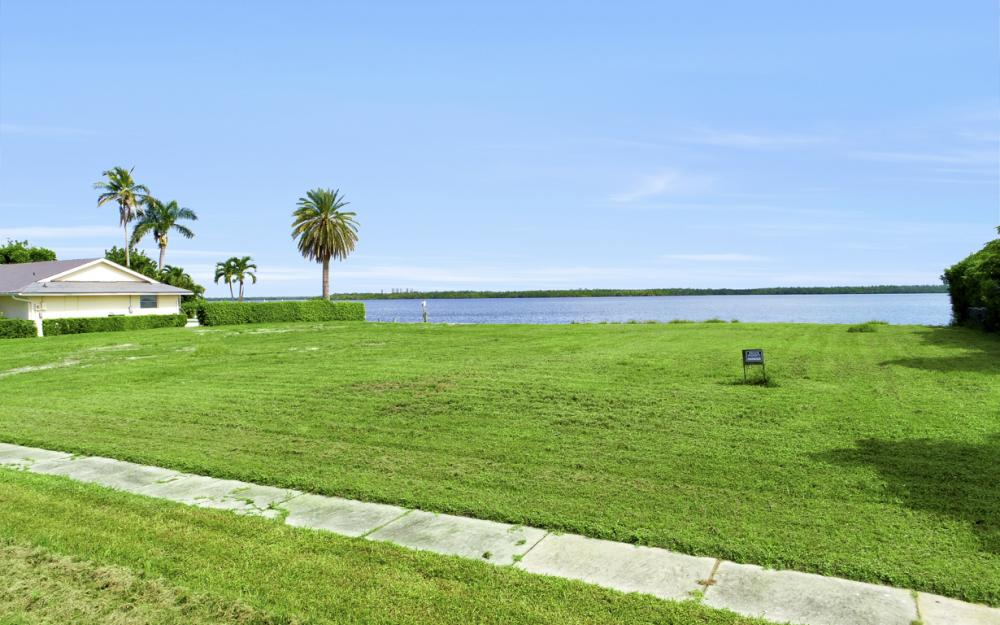 287 Polynesia Ct, Marco Island - Lot For Sale 678343429