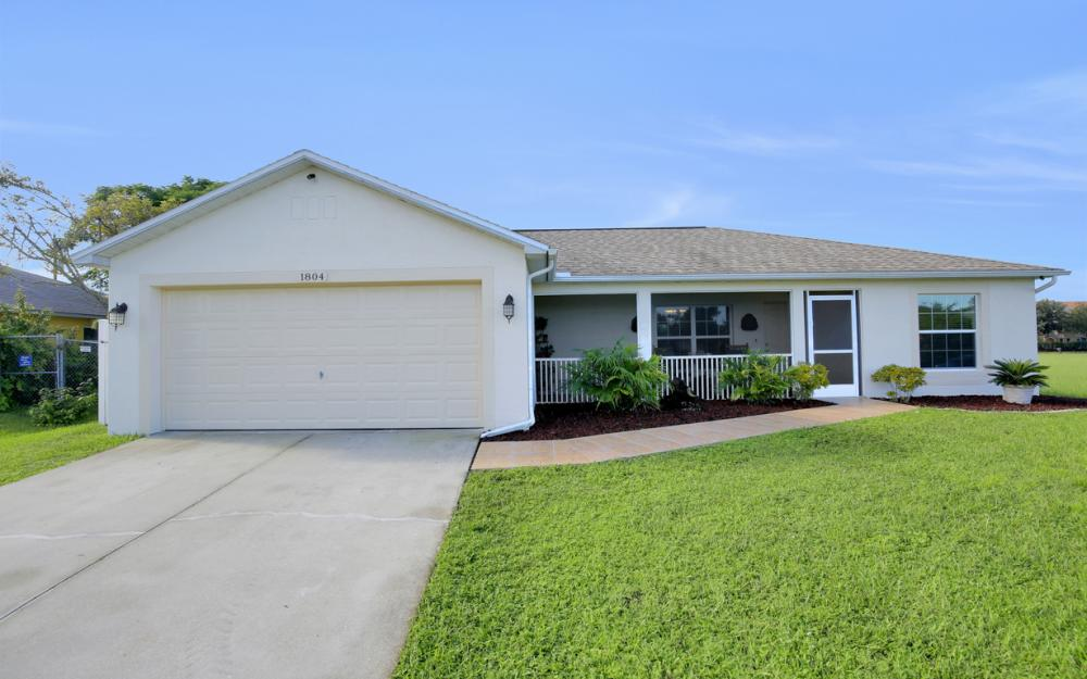 1804 NE 26th Terrace, Cape Coral - Home For Sale 461950771