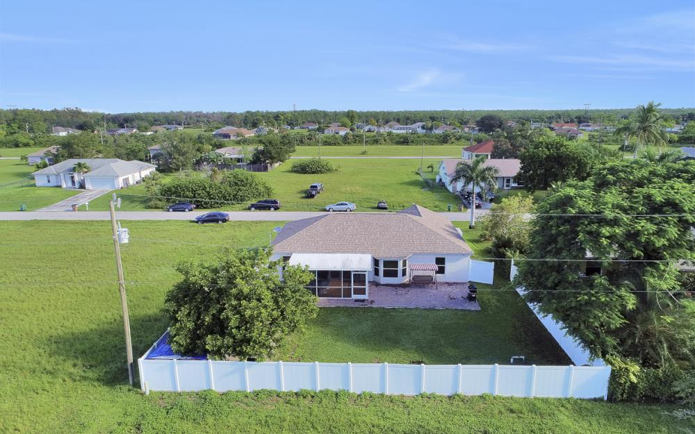 1804 NE 26th Terrace, Cape Coral - Home For Sale 177480188