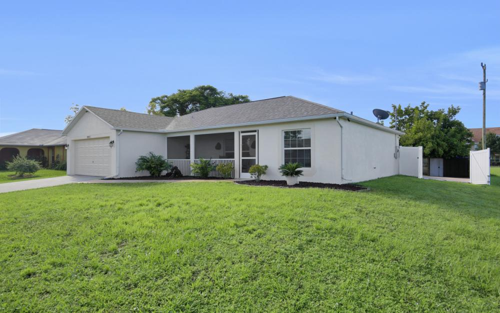 1804 NE 26th Terrace, Cape Coral - Home For Sale 657618743