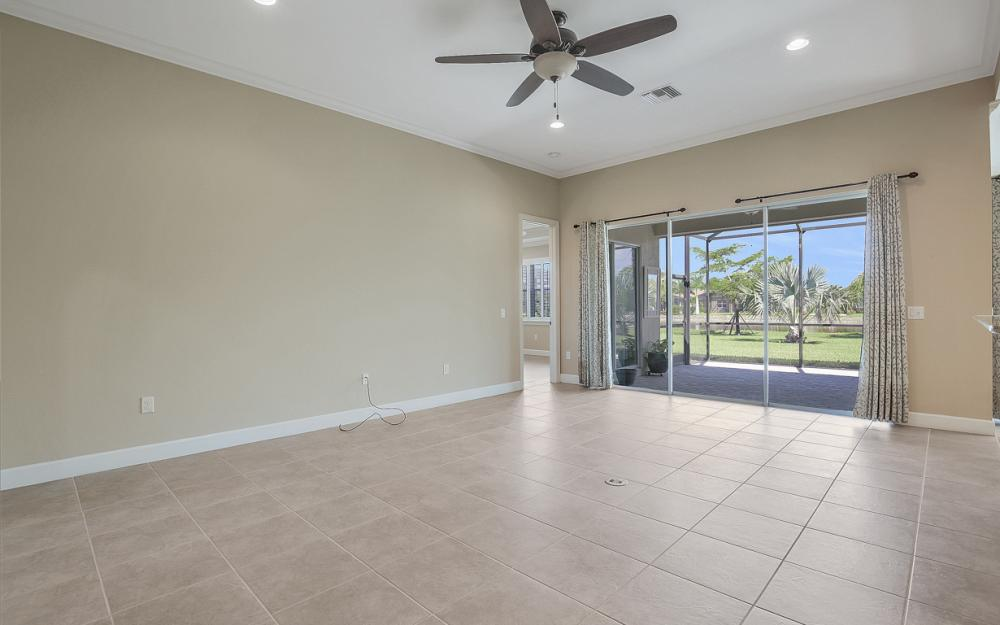9115 Graphite Cir, Naples - Home For Sale 498664854
