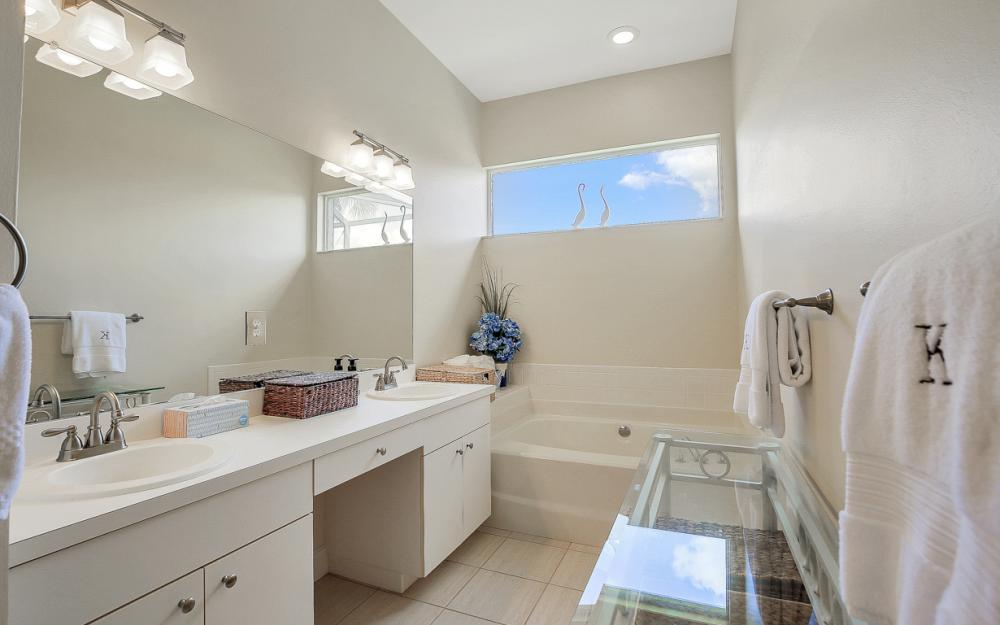 14008 Hickory Marsh Ln, Fort Myers - Home For Sale 1059613735