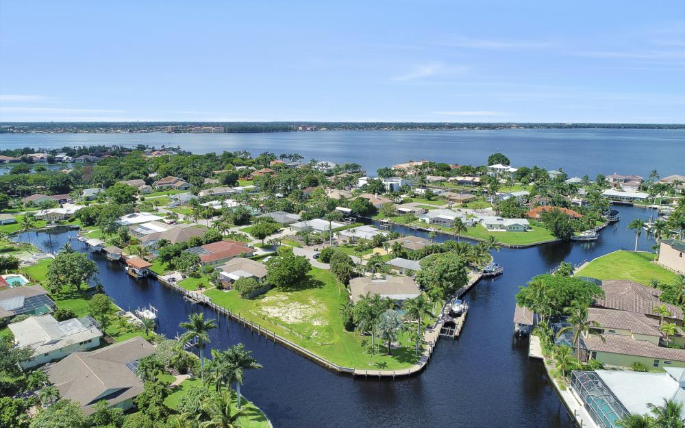 422 Parkway Ct, Fort Myers   - Lot For Sale 1465203285