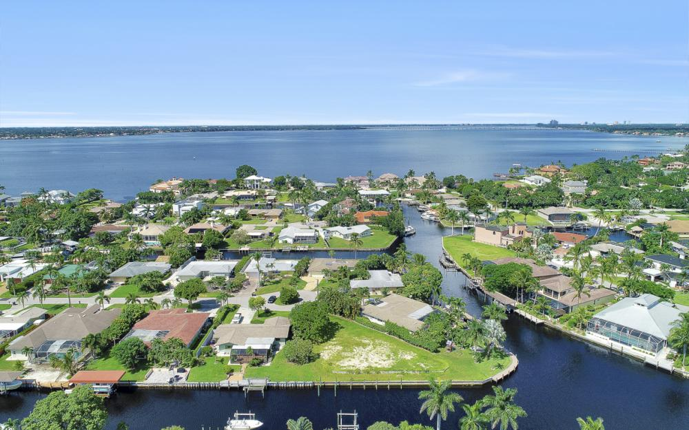 422 Parkway Ct, Fort Myers   - Lot For Sale 1757205738
