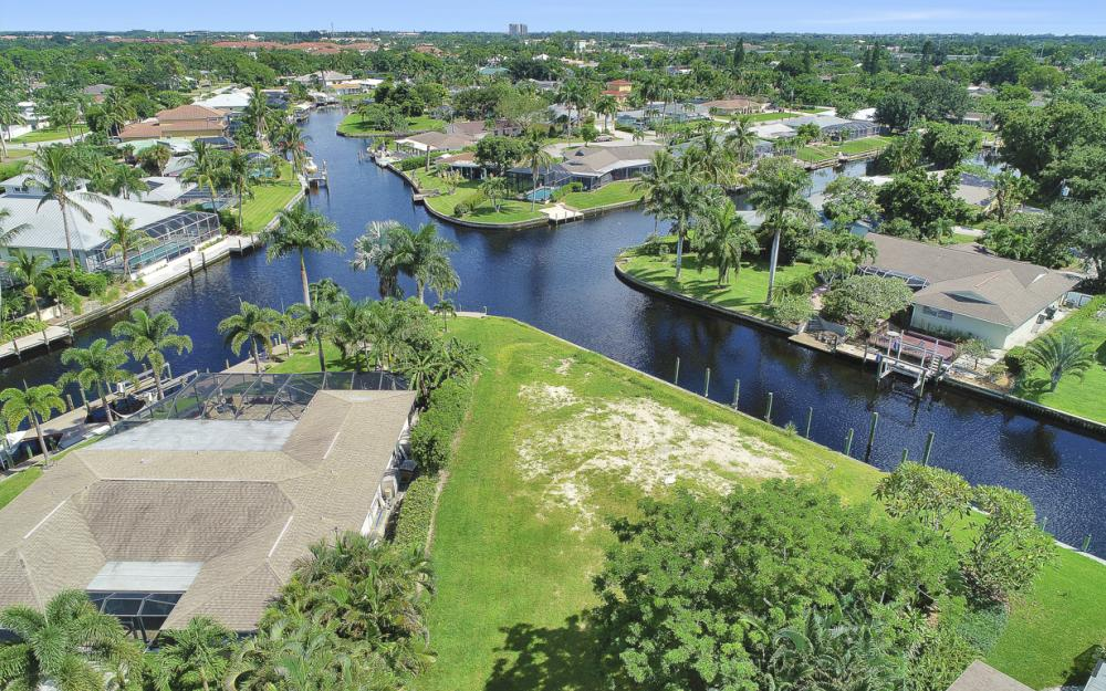 422 Parkway Ct, Fort Myers   - Lot For Sale 1367653025