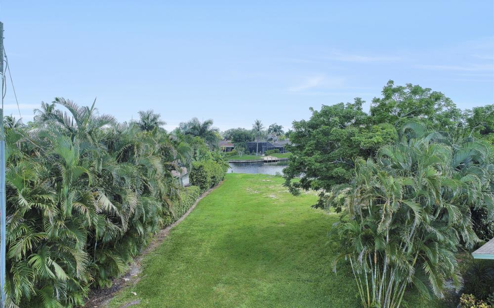 422 Parkway Ct, Fort Myers   - Lot For Sale 500031225