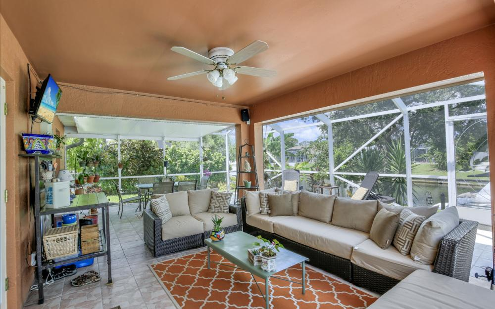 1821 SE 10th St, Cape Coral - Home For Sale 1330756227