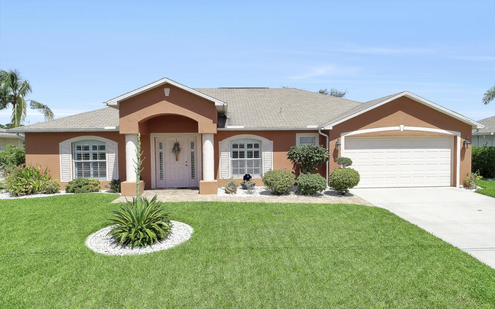 1821 SE 10th St, Cape Coral - Home For Sale 981694967