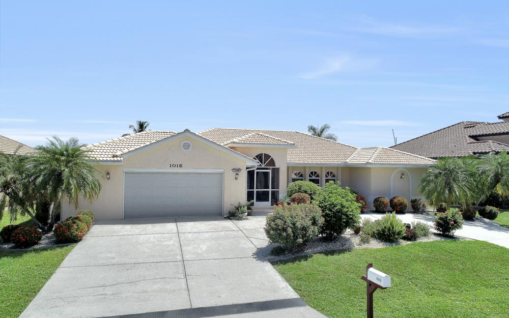 1016 Messina Dr, Punta Gorda - Home For Sale 913706642