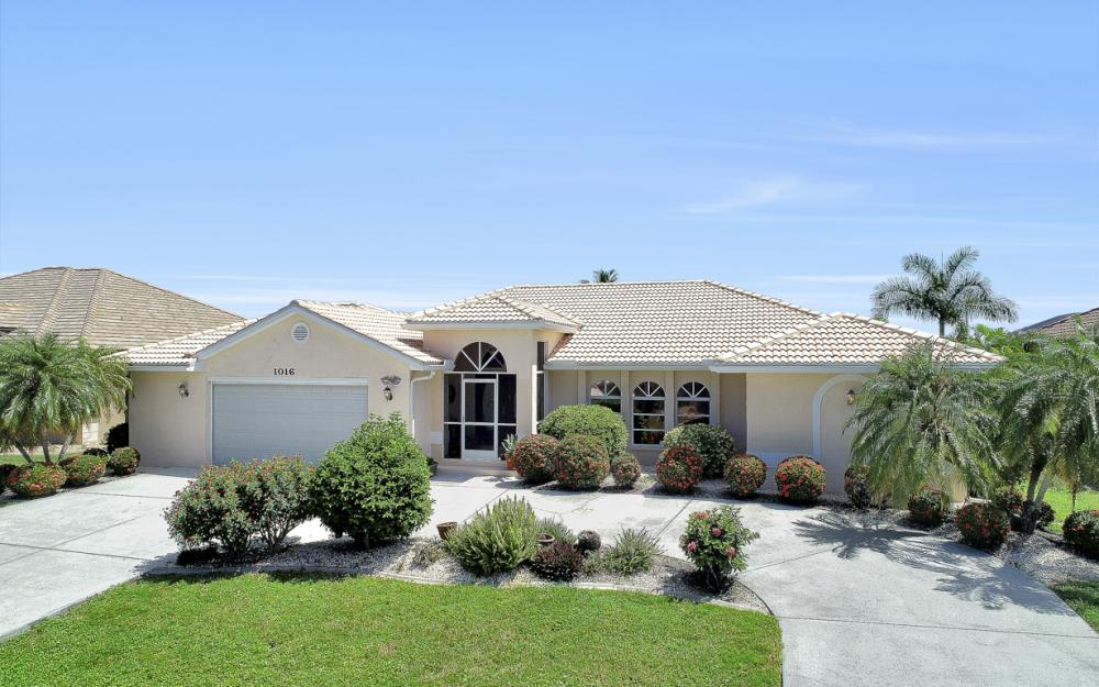 1016 Messina Dr, Punta Gorda - Home For Sale 571405106