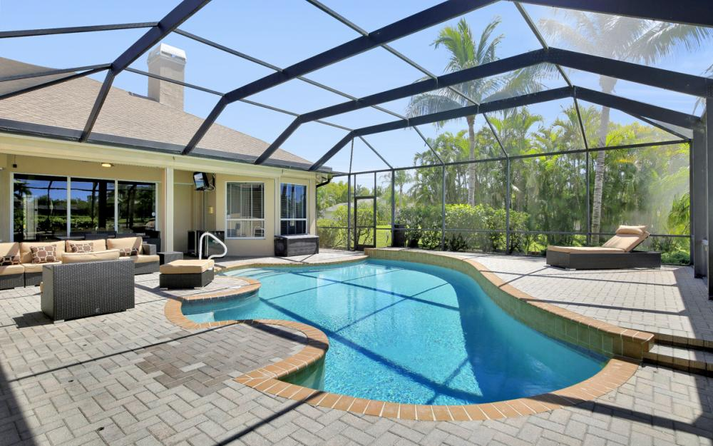 15400 Blackhawk Dr, Fort Myers - Home For Sale 89213036