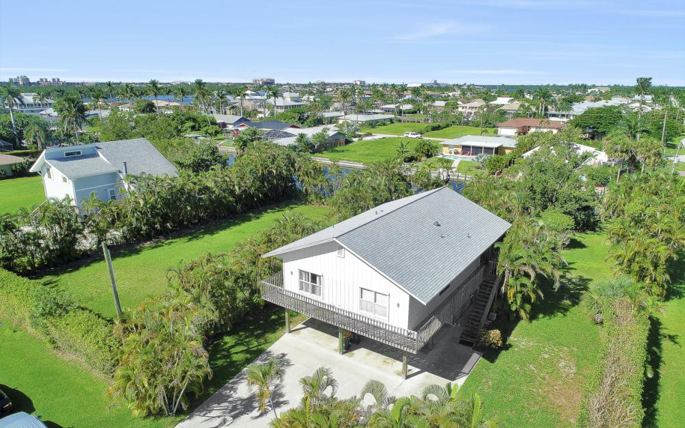 402 San Juan Ave, Naples - Home For Sale 2041547399