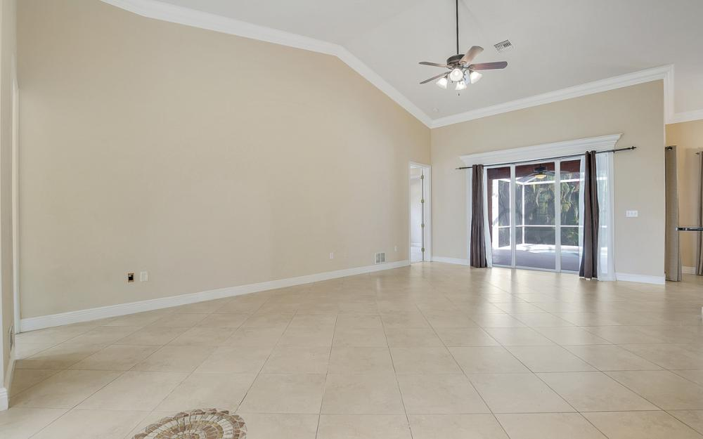 1217 SW 33rd Terrace, Cape Coral - Home For Sale 882353502