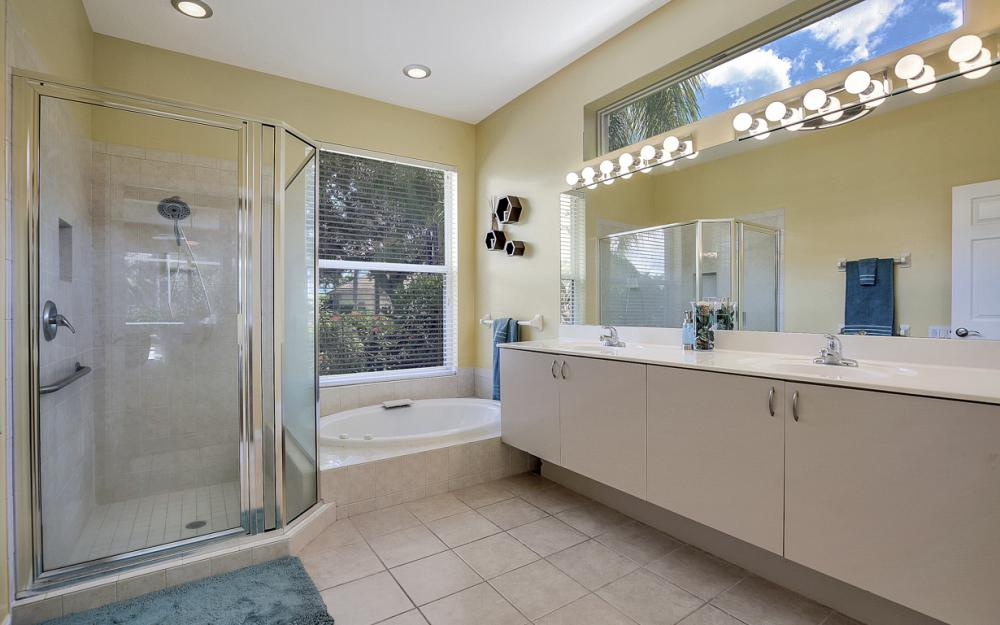 11959 Cypress Links Dr, Fort Myers - Home For Sale 1292749621