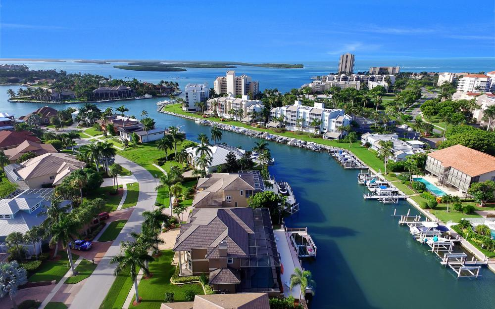 830 Partridge Ct, Marco Island - Home For Sale 1893313076