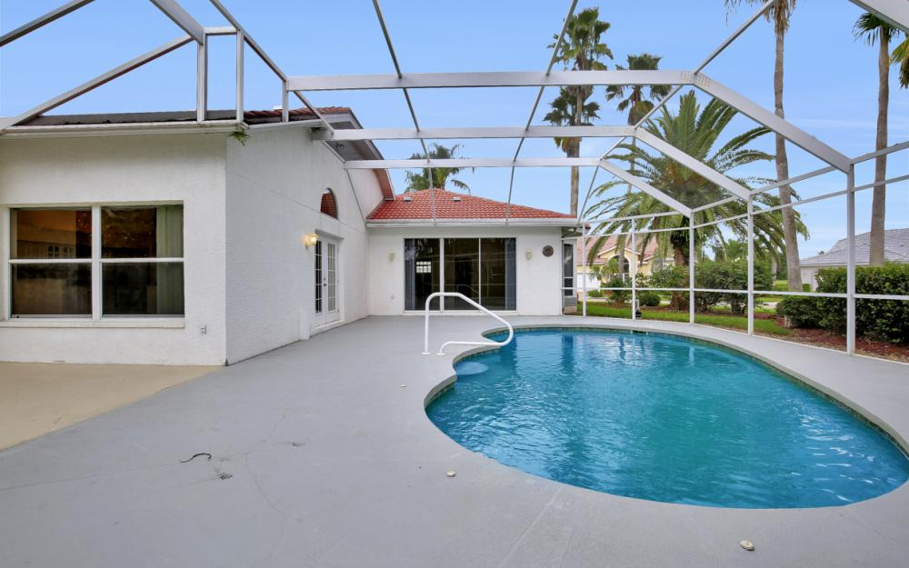 9270 Old Hickory Cir, Fort Myers - Home For Sale 2079606176