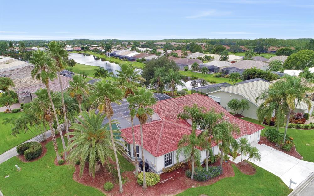 9270 Old Hickory Cir, Fort Myers - Home For Sale 1928291879